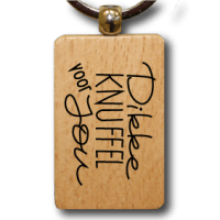houten-sleutelhanger-lokwinske-nl-15-dikke-knuffel-voor-jou