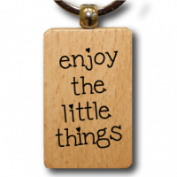 houten-sleutelhanger-lokwinske-nl-17-enjoy-the-little-things